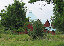 Walbridge's 12-sided barn, Mystic. (Photo - Matthew Farfan)